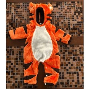 Winnie the Pooh Tigger Costume